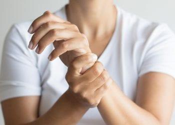 Česti bolovi u zglobovima Otkrijte kako pomoći sebi