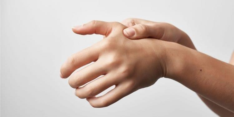 Reumatoidni artritis - bolni zglobovi traže toplu vodu