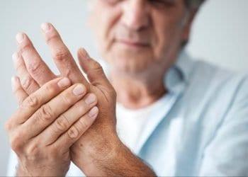 Reumatoidni artritis 12 znakova na koje treba obratiti pažnju