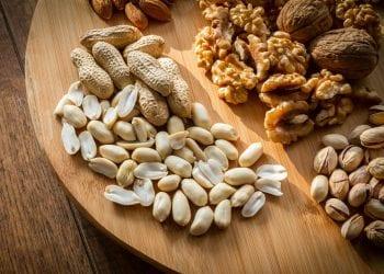 Ishrana u službi zdravlja: Dan započnite vodom, a grickalice zamijenite orašastim voćem
