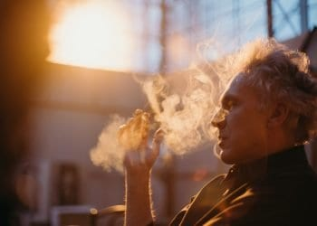 Kako pušenje iscrpljuje vitamine iz tijela