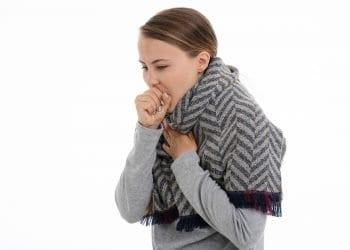 Bol u plućima i kašalj – kada je vrijeme za zabrinutost?